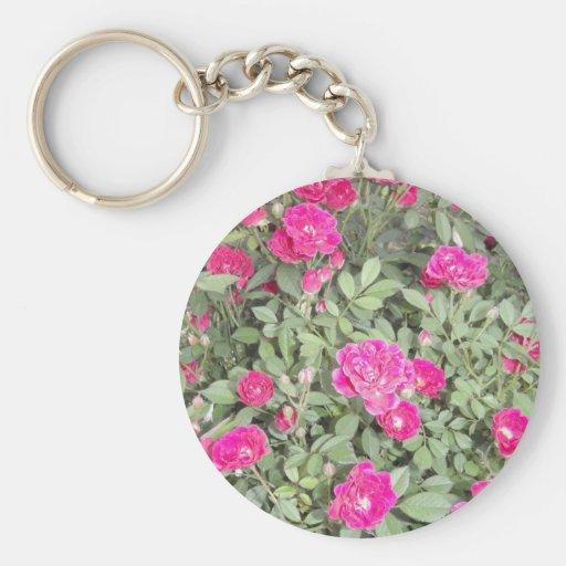 Rosas púrpuras llavero redondo tipo pin