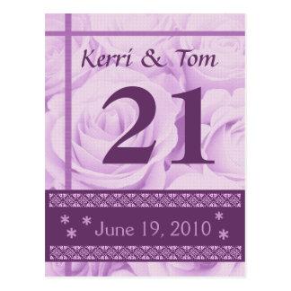 Rosas PÚRPURAS que casan la recepción de la tarjet Tarjetas Postales