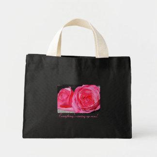 Rosas que suben rosados bolsa de mano