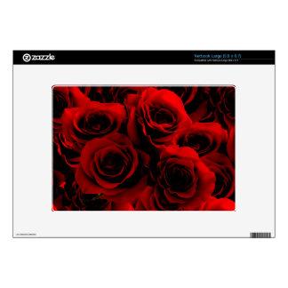 Rosas rojo oscuro para usted calcomanías para netbooks grandes