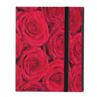 Rosas rojos con descensos del agua iPad cárcasas