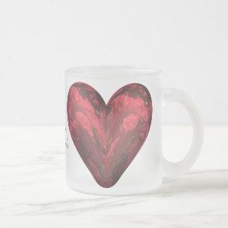 rosas rojos del corazón taza de café esmerilada