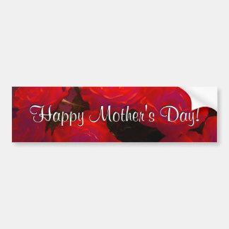 Rosas rojos felices del día de madre etiqueta de parachoque