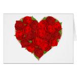 Rosas rojos hermosos en forma del corazón tarjeta