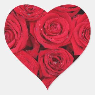 Rosas rojos por Therosegarden Pegatina En Forma De Corazón