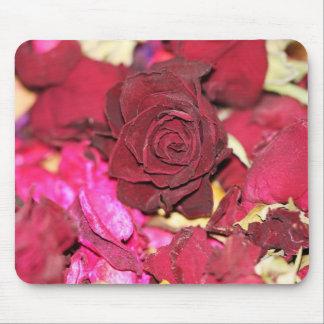 rosas rojos secos alfombrillas de raton