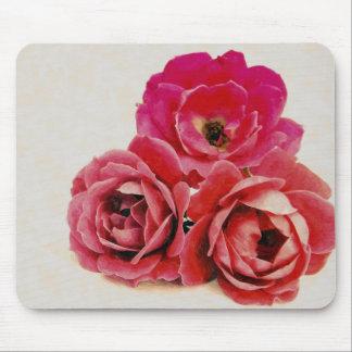 Rosas rojos tapete de ratones