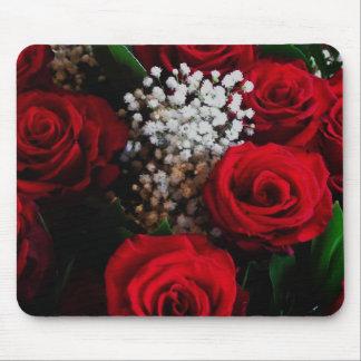Rosas rojos y ramo Mousepad de la oficina de la re Tapetes De Ratones
