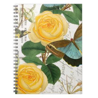 Rosas románticos amarillos cuadernos