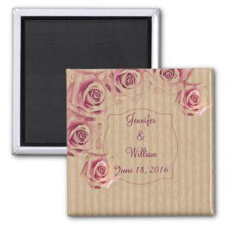 Rosas románticos, texto de encargo en fondo rayado imán cuadrado