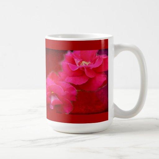 Rosas románticos y rojos tazas