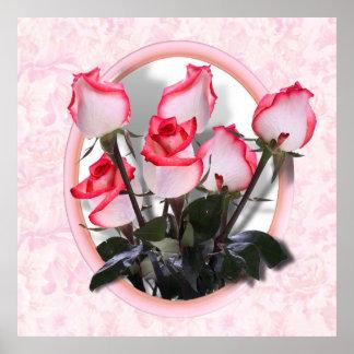 Rosas rosados bonitos en fondo atractivo póster