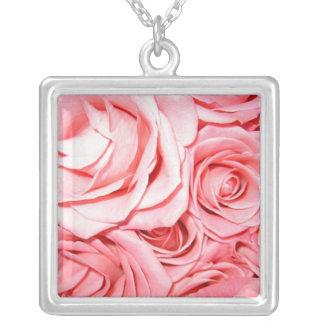 Rosas rosados colgante cuadrado