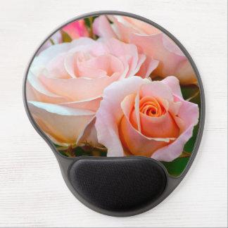 Rosas rosados elegantes alfombrilla con gel