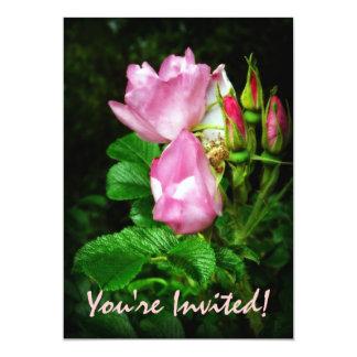 Rosas rosados femeninos para el fiesta del chica invitación 12,7 x 17,8 cm