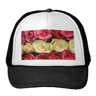 Rosas rosados por Therosegarden Gorros Bordados
