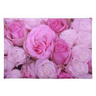 Rosas rosados por Therosegarden Manteles Individuales