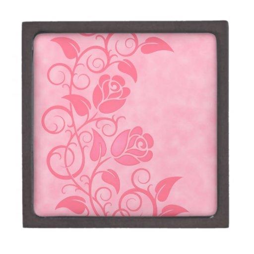 Rosas rosados que remolinan cajas de joyas de calidad
