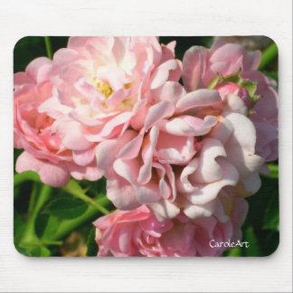 Rosas rosados rizados alfombrilla de ratones