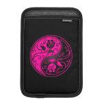 Rosas rosados y negros de Yin Yang Fundas De iPad Mini