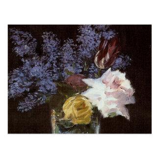Rosas, tulipanes, lilas en un florero cristalino - tarjetas postales