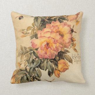 Rosas y abejorros del ` del vintage' almohada