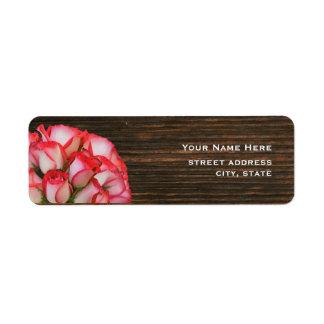 Rosas y etiqueta de dirección rosados de Barnwood