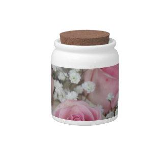 rosas y gypsophila rosados por Therosegarden Plato Para Caramelo