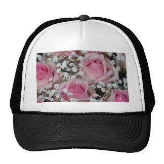 rosas y gypsophila rosados por Therosegarden Gorro De Camionero