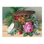 Rosas y helechos en Victorian del vintage de la ce