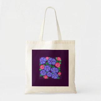 Rosas y la bolsa de asas de las violetas