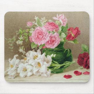 Rosas y lirios alfombrilla de ratones