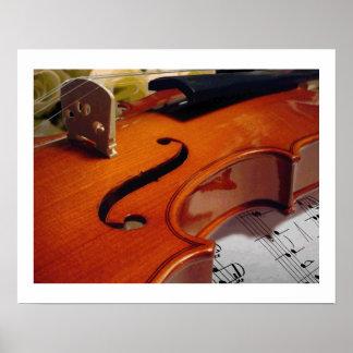 Rosas y música del violín póster