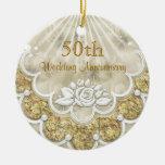 Rosas y ornamento del aniversario de boda de los c ornamentos de reyes magos