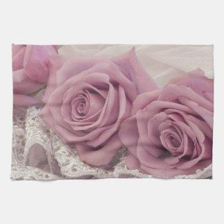 Rosas y todavía del cordón vida toallas