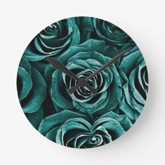 Rose Bouquet in Turquoise Round Clock
