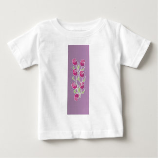 Rose bouquet with purple background tee shirt