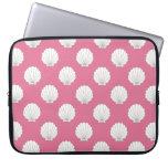 Rose Pink | White Clamshells Seashells Pattern Laptop Computer Sleeve