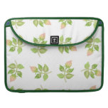 Rosebud Mini-print Rickshaw MacBook Pro Sleeve