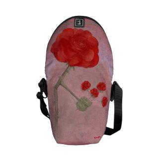 Rosegifts Bouquet Rose mini messenger bag