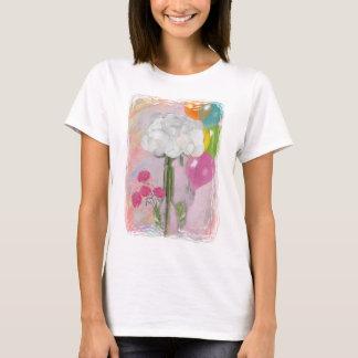 Rosegifts Happy Birthday Rose T-Shirt. T-Shirt
