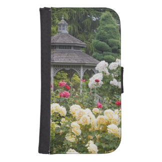 Roses in bloom and Gazebo Rose Garden at the Samsung S4 Wallet Case