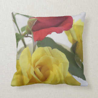"Roses Polyester Throw Pillow, Throw Pillow 16"" x 1"