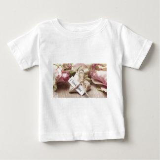 Roses Wooden Heart Heart Heart Shaped Love Mother Baby T-Shirt