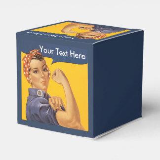 Rosie el personalizar del remachador con su texto caja para regalo de boda