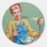 Rosie el remachador hace el queso tostado pegatina redonda