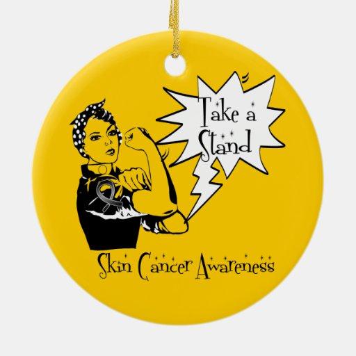 Rosie el remachador toma a un cáncer de piel del ornamentos para reyes magos