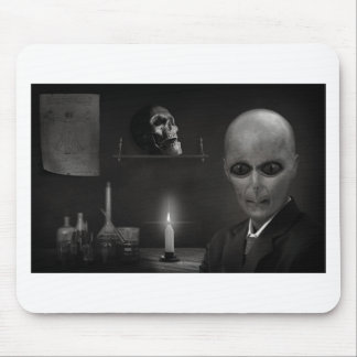 roswell alien mouse pad