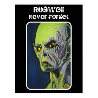 """Roswell, nunca olvida"" la postal"