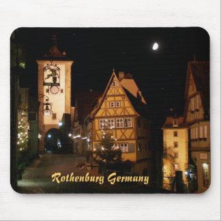 Rothenburg Alemania en claro de luna Alfombrillas De Ratones